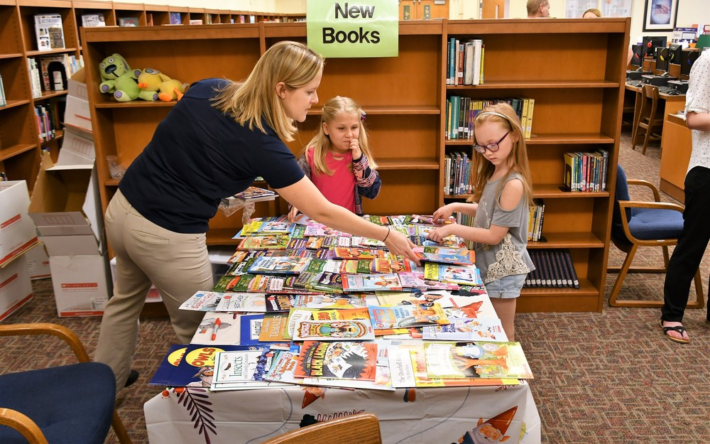 PPL Donates Books to Promote Summer Reading